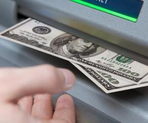 ATM-glitch-gets-homeless-man-37000-in-Maine-temporarily