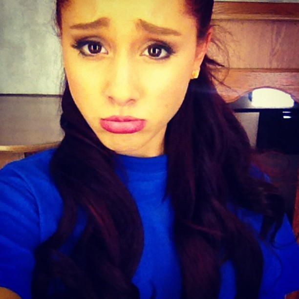 ariana_grande_twitter_sad_face_blue_shirt_6cm48LF.sized