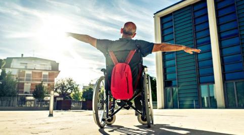 Man in wheelchair_0